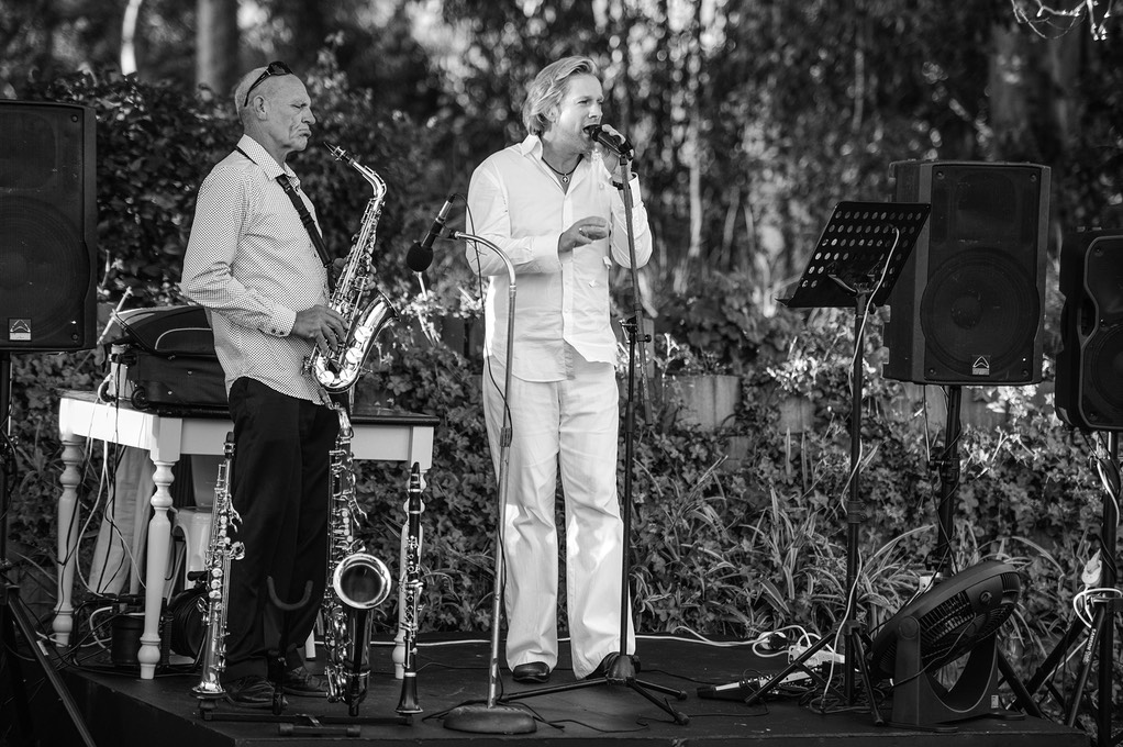 Top wedding singer duo Ike Moriz and Willie van Zyl live in Stanford White Water Farm 2016 swing jazz latin music band corporate