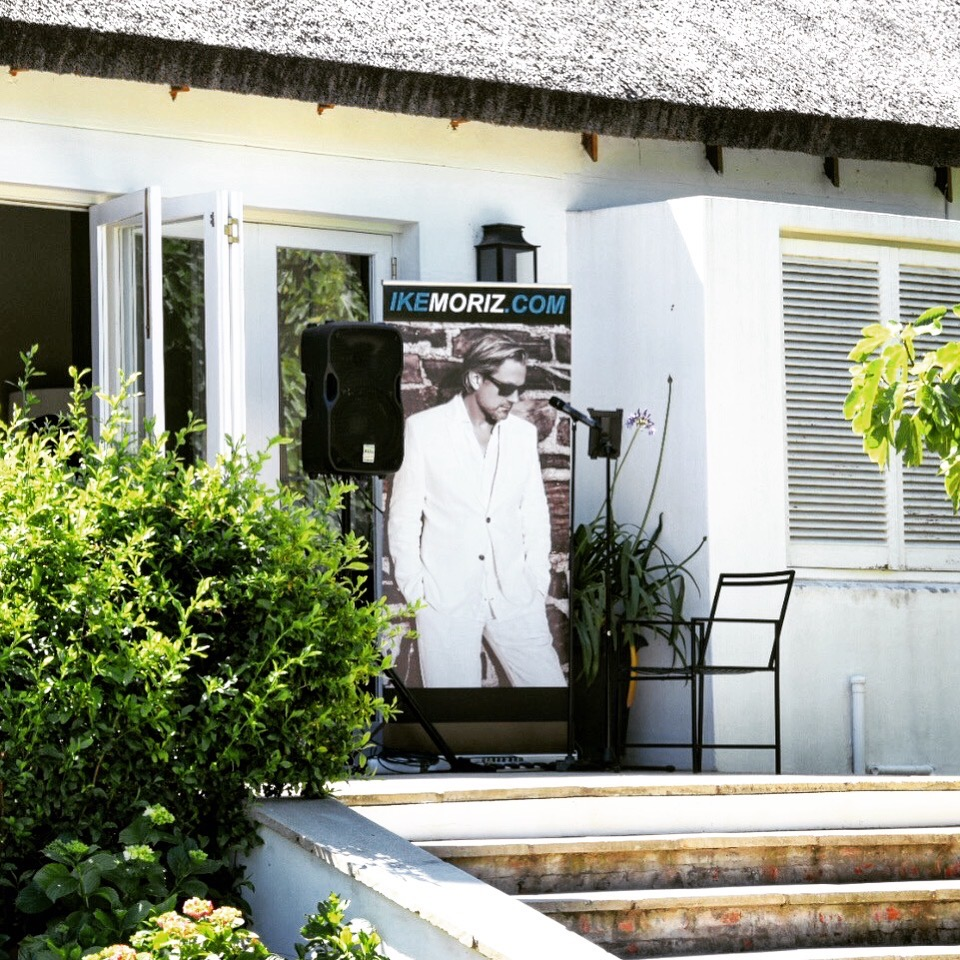 Ike Moriz solo performance at The Forum - Embassy Hill Constantia 11.11.17 November 2017 swing jazz reception wedding band entertainment solo vocalist singer crooner top sing neda farshad southern cross drive garden reception pre drinks cocktails ceremony cape town south africa swing jazz latin pop easy listening thatch